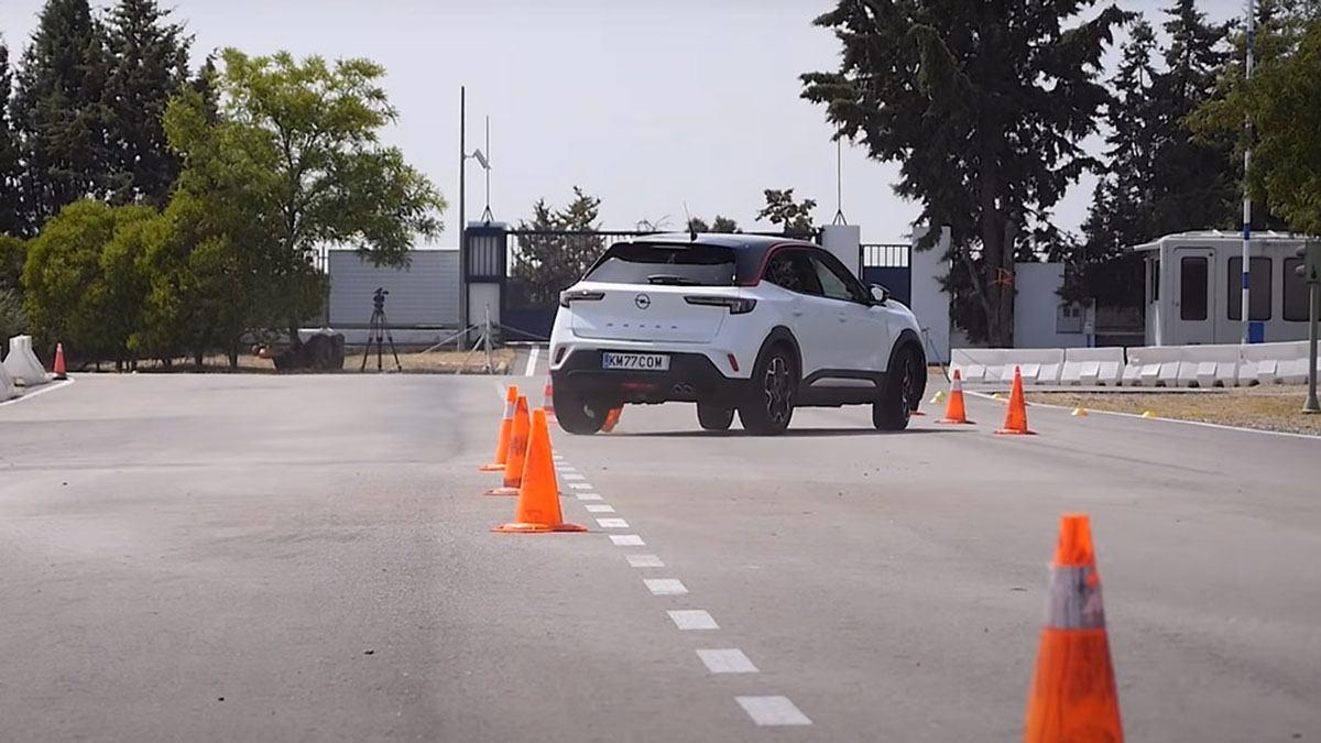 """""""лосиный тест"""" Opel Mokka"""