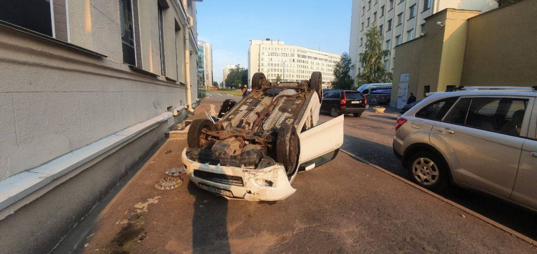 опрокинулся Toyota в Минске