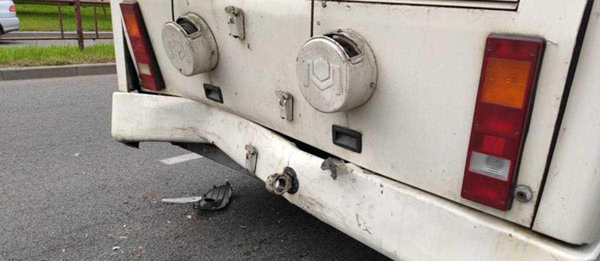 ДТП такси и троллейбуса