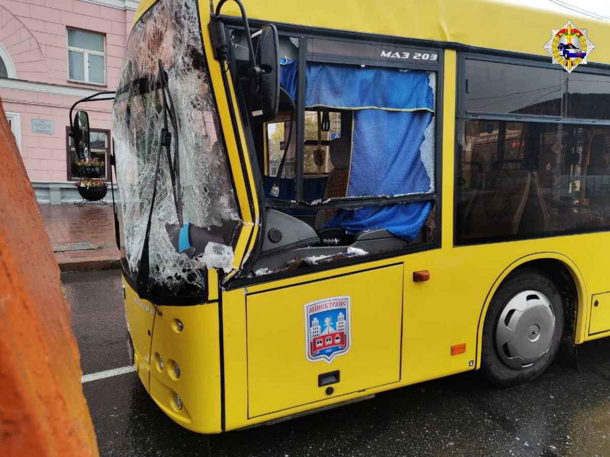 ДТП автобуса и грузовика