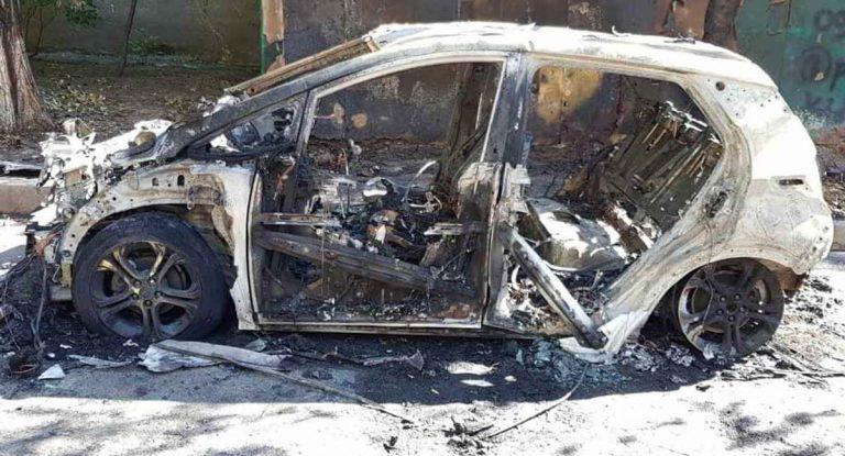 сгоревший Chevrolet Bolt